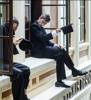 Spektaklis - ekskursija apie Klaipėdos dramos teatrą KĖDĖ IŠ KOMEDIJŲ NAMO