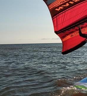 Wing Surfer - naujiena tarp kaitavimo ir buriavimo