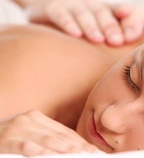 Gydomasis nugaros - sprando masažas 30 min.